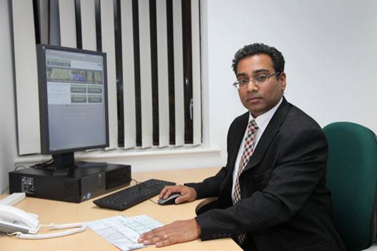 Vincent Gnanpragasam urology expert